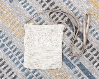 Vintage Early 2000s Y2K Crochet Crossbody Bag - Beige Floral Boho Purse