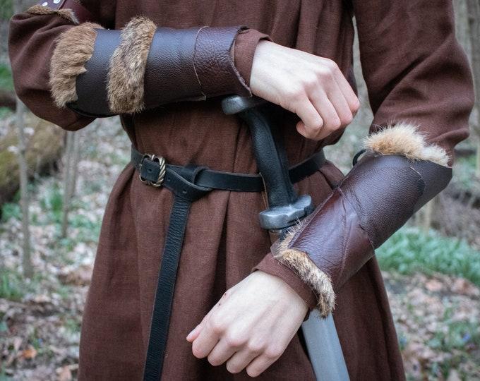 Viking Bracers, Medieval Leather Armor /F/ (AB)