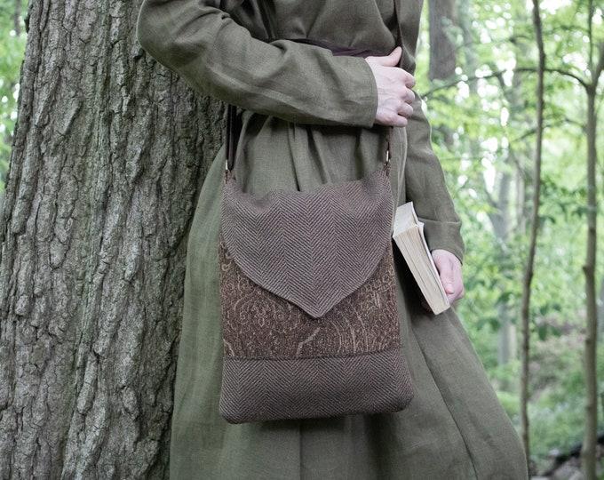 Tapestry Crossbody Bag, Medieval Book Bag, Fantasy Style School Bag - /F/ (LB)