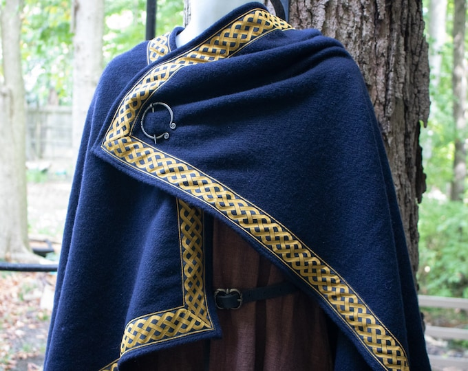 Celtic Knot Wool Viking Cloak & Penannular Brooch Deluxe  - /P/ (LB)