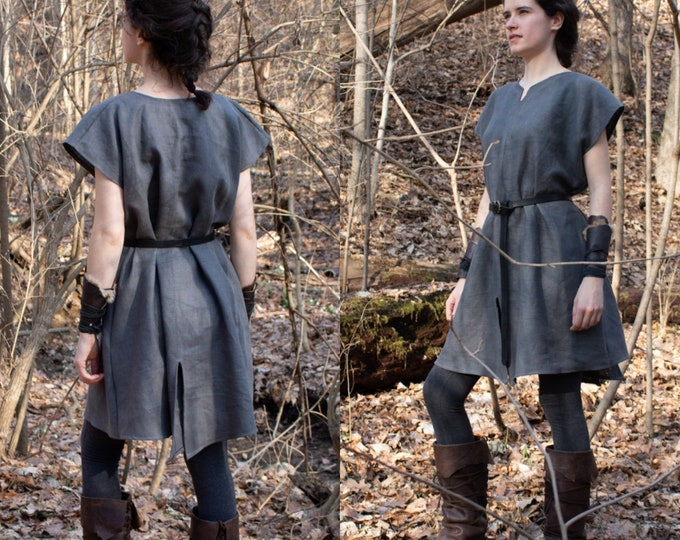 Women's Medieval Split Tunic, Sleeveless /P/ (LB)