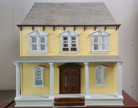 Dollhouse Miniature Craftsman Dollhouse Kit, Scale One Inch