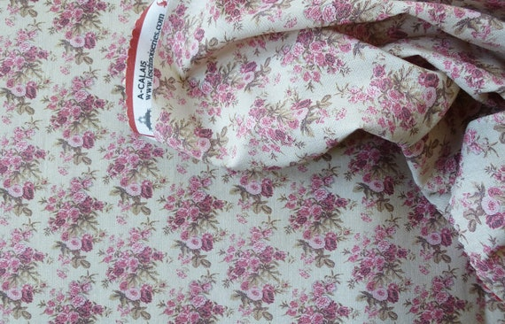 Dollhouse Miniature Matching Fabric, Scarlett, Scale One Inch