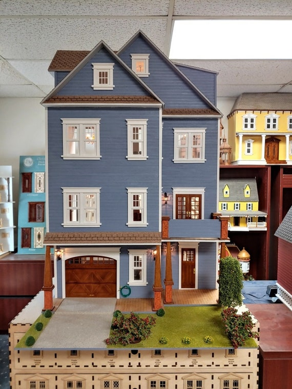 American Craftsman Wooden Dollhouse Kit, Scale One Inch