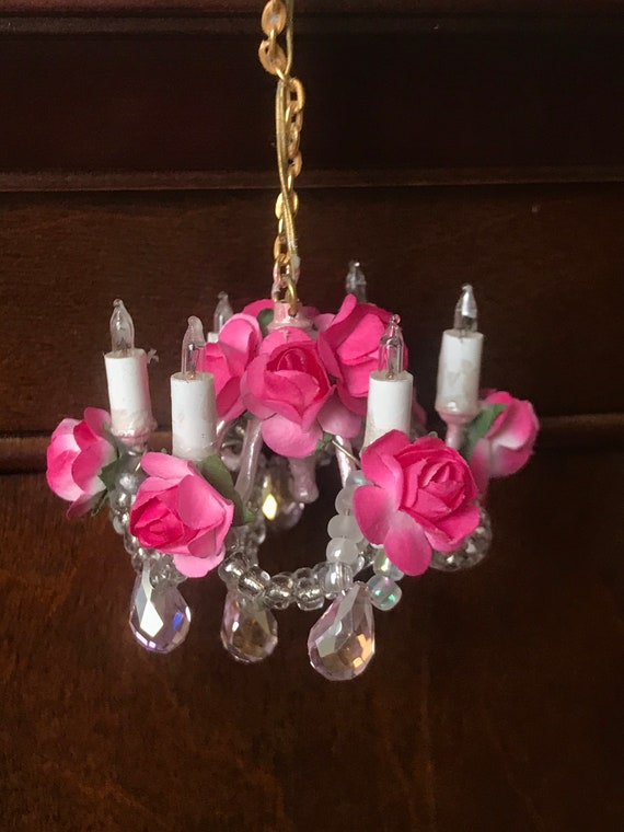 Dollhouse Miniature Shabby Chic Electric Chandelier, Scale One Inch