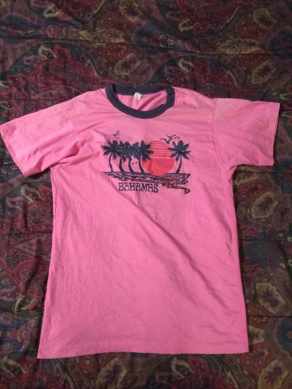 80s.90s  skinny fit T SHIRT  SMALL TO xl i love 60s.70s