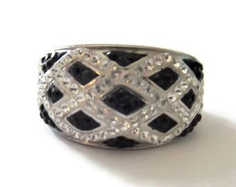 Vintage Sterling Black White Cubic Zirconia Ring Size 7