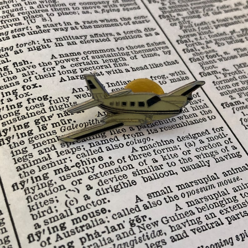 0e98406dc37 Cessna twin engine lapel pin private plane vintage military