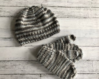80581b9f0ea hand knit baby hat and mittens