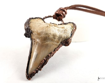 Labrodorite Copper Dark Art Bone Art Electroformed Jawbone Oddity Gemstone Real Bone Crystal Electroformed Bone Crystallized Bone