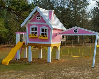 The Dollhouse Treehouse  by Imagine That Playjouses!