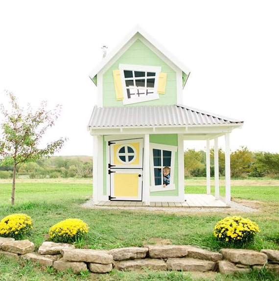Farmhouse Playhouse | AMAZING Outdoor Playhouses For Kids