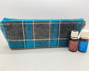 Essential oil bag , plaid case holds 12-16 bottles,  Travel flat  Essential oil gift Essential oil storage essential oil travel case