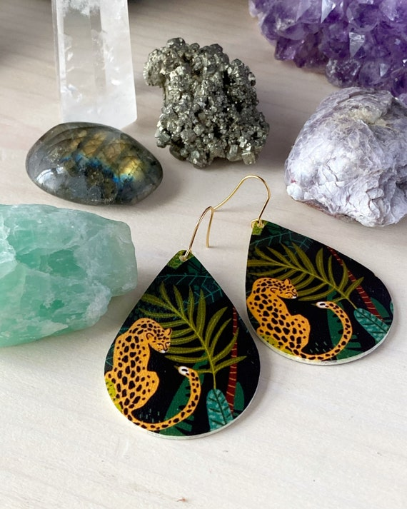 JADA cheetah animal print jungle faux leather teardrop lightweight stainless steel dangle earrings