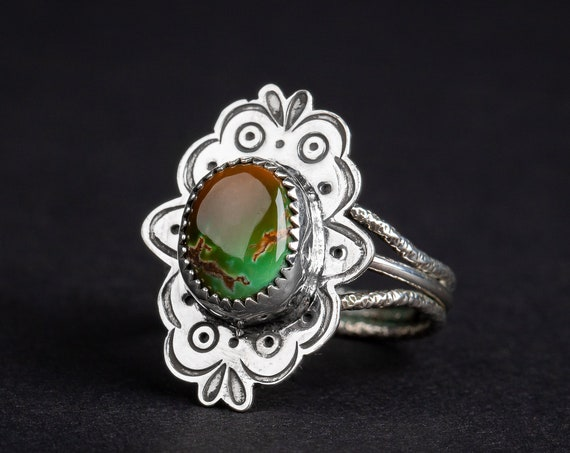 SIZE 7.5 Green and Brown Royston Turquoise Gemstone Ring in Sterling Silver with Stamped Border // Bohemian boho southwestern cocktail ring