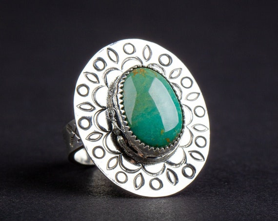 SIZE 8.75 Green Kingman Turquoise Gemstone Ring in Sterling Silver with Hand Stamped Leaves // Huge big bohemian boho nature cocktail ring