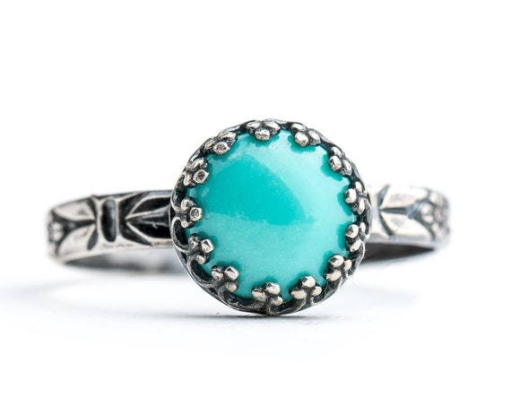 Floral Turquoise Ring // Sterling silver aqua teal sky blue Arizona Turquoise floral flower pattern solitaire ring band with crown setting