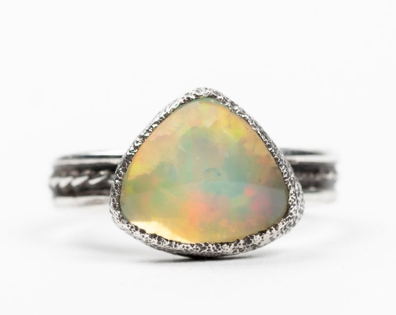 SIZE 5 Ethiopian Opal Gemstone Ring in Sterling Silver // Big Rainbow multicolored colorful color changing iridescent opal solitaire ring