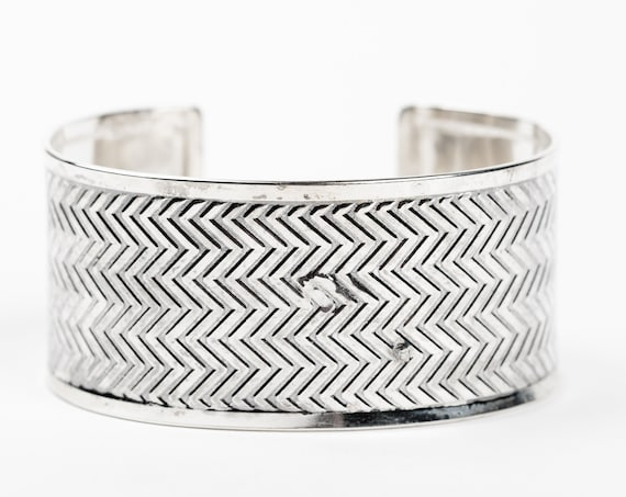 Sterling Silver Chevron Cuff Bracelet // Big huge wide chevron zig zag pattern embossed cuff bracelet // boho bohemian geometric statement