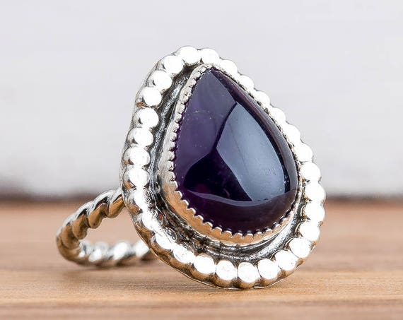 Dark Purple Amethyst Gemstone Ring in Sterling Silver - Size 8