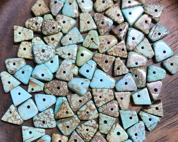 Beads - Simulated Turquoise Chip Beads - Triangle Shaped Beads 5 - 7mm - Aqua Blue - 80 Beads