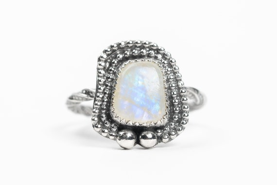SIZE 8 Rainbow Moonstone Gemstone Ring in Sterling Silver // Big beaded light blue flash iridescent white Moonstone cocktail solitaire ring