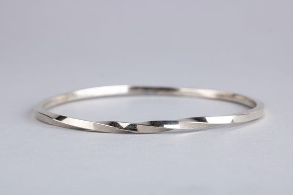 Twisted Bangle Bracelet in Solid Sterling Silver - Simple Classic Stackable Silver Bangle Bracelet