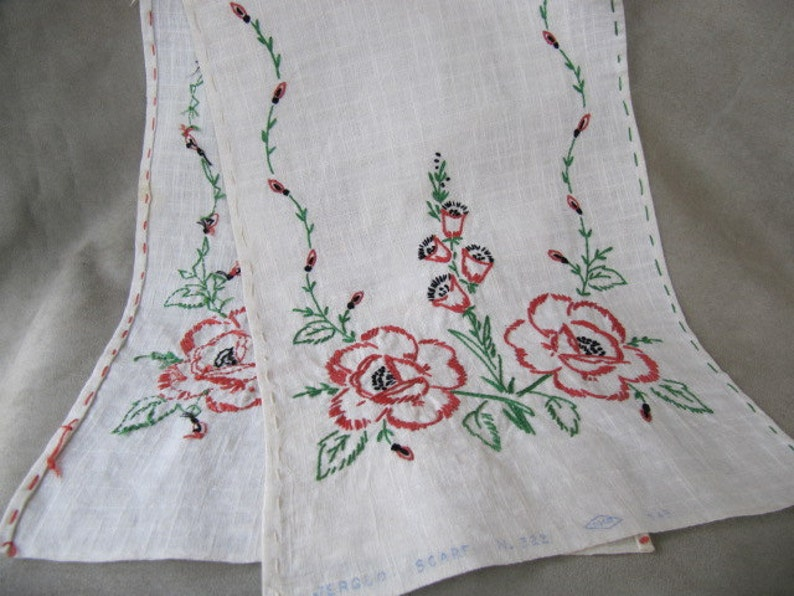 Vintage linen embroidered table scarf red roses