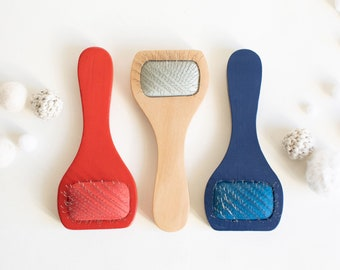 Soft Wire Brush / Cat Slicker, tool for amigurumi fur, to fuzz up crochet surface, wooden brush