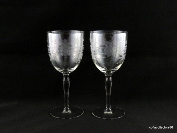 Rings Vintage 1940s 1950s Stemware and Dots Water Glasses  Wine Glasses Cut with Flowers