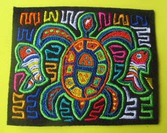 Embroidered Mola Panamanian Turtle Applique Patch, Guna People, People of Panama, Kuna People, Turtle in Bright Native Colors, Island People