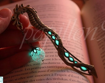 DRAGON Bookmark / Glow in the Dark / Bookmark Glow in the Dark / Luminous Bookmark /