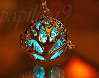 Tree of life Locket / Luminous Dandelion Seeds / Dandelion Pendant / GLOW in the DARK /