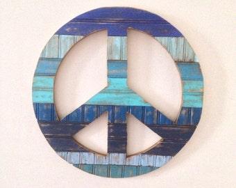 Rustic Home Decor - Peace Sign