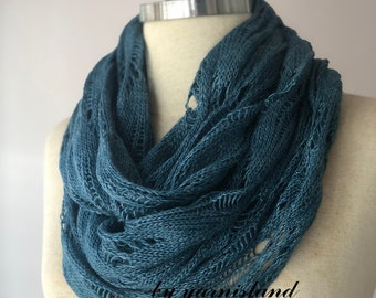 Winter Sale, Knit scarf, infinity scarf, chunky Cowl scarf, winter accessories, denim scarf, cowl scarf, chunky scarf, gift for her