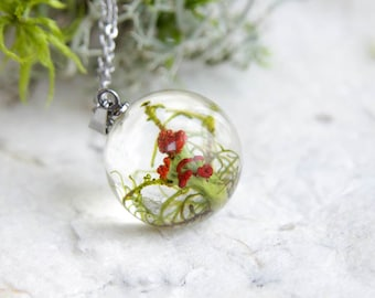 Lichen Necklace ⇷18mm⇸ British soldiers lichen jewelry | handmade resin jewelry | nature materials lichen pendant | Clear resin necklace