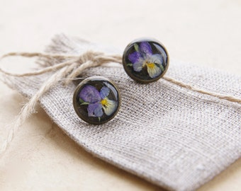 Pressed flowers jewelry | Real flower studs Botanical earrings | Pressed flower earrings | Handmade botanical jewelry | Pansy flower earring