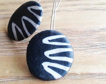 Ceramic Earrings. Organic Design in Black and White.