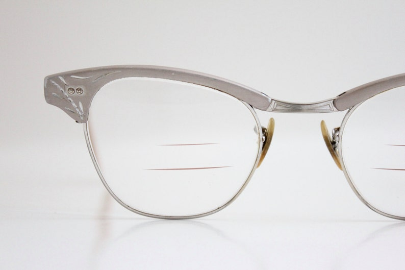 be4d7f9f017a Vintage 50 s 12k Silver Engraved Aluminum Cat Eye