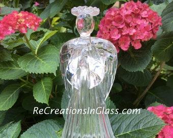 Praying Angel. Garden Angel. Memorial angel. Garden Art. Suncatcher. Glass art. Art glass