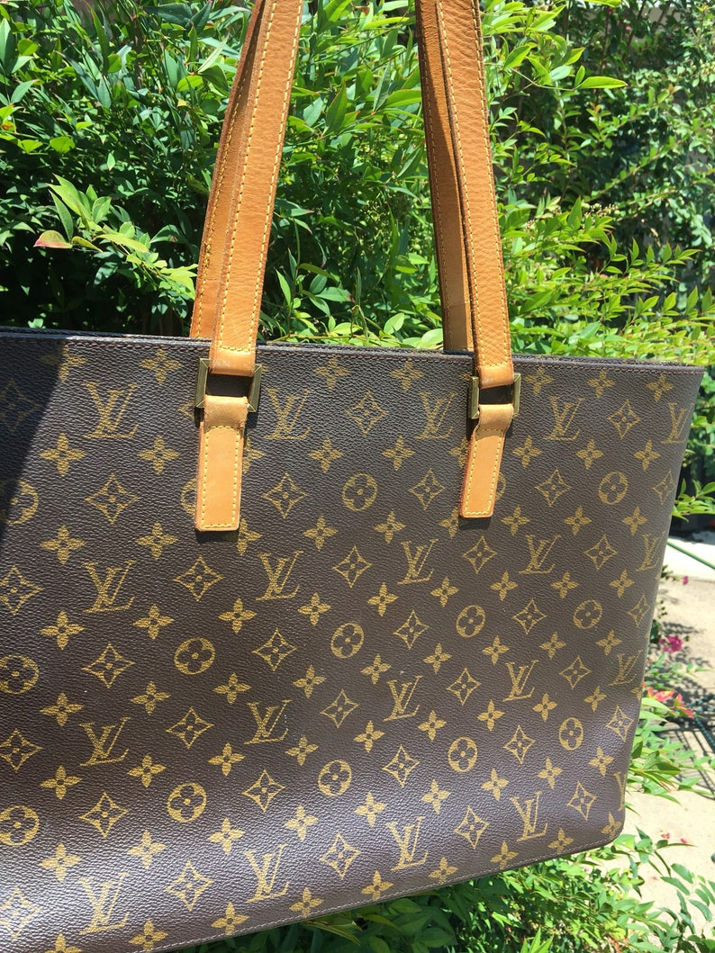 c41d2e1f Louis Vuitton Mezzo Tote large monogram Brown Excellent Condition!! A  BeautySALE reduced 50.00 for the HolidaysSALE 50.00 off sale