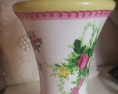 VASE Laura Ashley Floral Vase 5 quot w x 9 quot tall Beautiful China