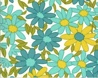 Blooming Bunch by Maureen McCormick - Big Brady Flower - Aqua 40040 21 Select a Size- FQ - half or full yard- Moda Cotton Quilt Fabric