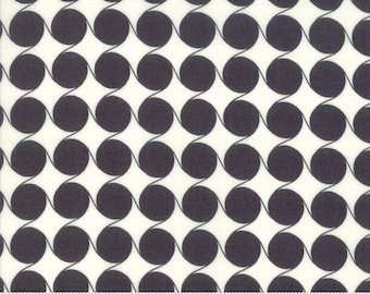 Fine & Sunny by Jen Kingwell for Moda - Maypole - Charcoal - Black - FQ Fat Quarter BTHY Yard - Cotton Quilt Fabric 1021
