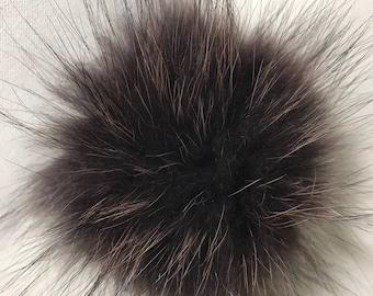 Snap on Raccoon XL Pom Pom 15 cm - Coco Chocolate Brown