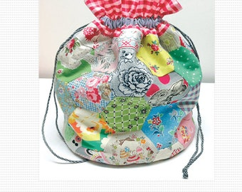 Judy's Dilly Bag by Judy Newman - Print Pattern - Vintage Hexie Hexagon