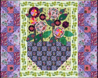 Bouquet Quilt Pattern by Anna Maria's Conservatory  - PDF Download