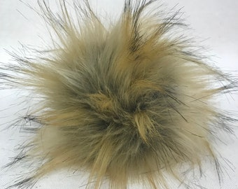 Snap on Faux Raccoon Pom Pom 13-15 cm - Caramel Natural Brown