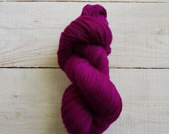 Purple Courage Alma by Manos Del Uruguay L2600 Lace Weight Merino Superwash Wool Yarn