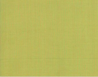 Grainline Wovens by Jen Kingwell for Moda - Grainline - Pistachio - Light Green - 18180 11- Select a Size - Cotton Quilt Fabric